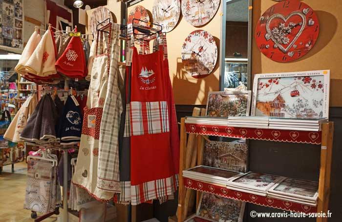 Domino Boutique Souvenirs Cadeaux La Clusaz