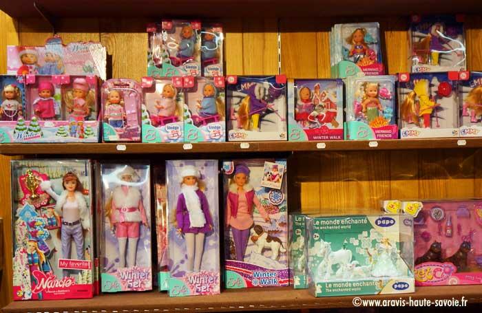 Domino la Clusaz. Des jouets pour les filles, poupées, dinette, animaux. bee72b7ea141
