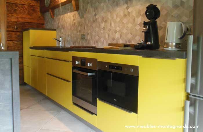 Meubles Montagnards | Pose de Cuisine Salle de Bain | La Clusaz