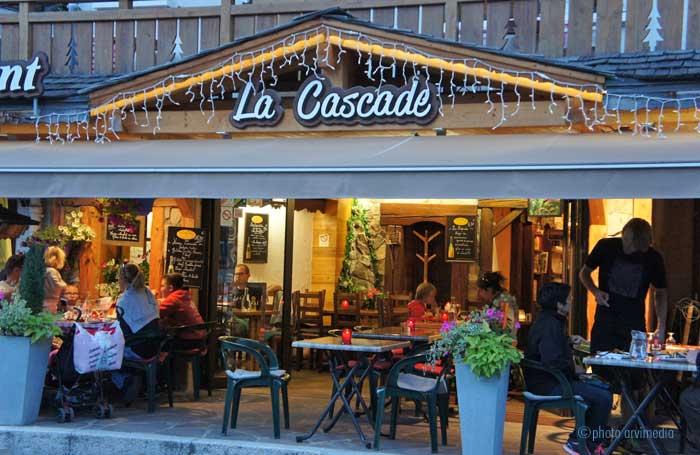 Cr perie la clusaz restaurant la cascade for Restaurant la cascade