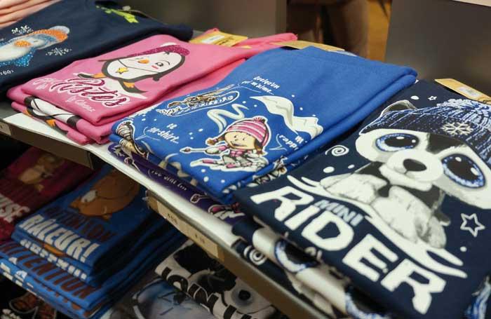 Chaque année venez découvrir notre nouvelle collection de tee shirt sur le  thème de La Clusaz. boutique domino La Clusaz 012ec1f2c01f